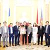 Quan tâm, bảo vệ người Việt Nam tại Rumani