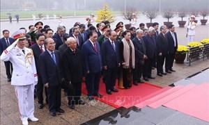 Lãnh đạo Đảng, Nhà nước viếng Chủ tịch Hồ Chí Minh và các Anh hùng liệt sĩ