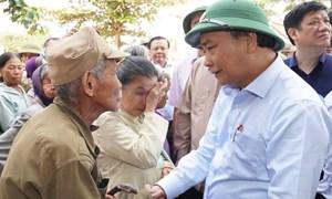 Thủ tướng Nguyễn Xuân Phúc: Sẽ tiếp tục bổ sung nguồn lực cho các tỉnh miền Trung
