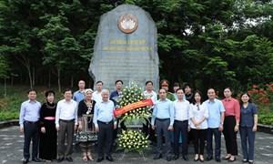 Đồng lòng, chung sức xây dựng đất nước Việt Nam cường thịnh, phồn vinh và hạnh phúc