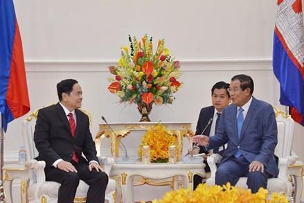 Cùng chung tay xây dựng đường biên giới Việt Nam - Campuchia hữu nghị, hợp tác