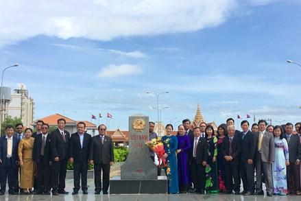 Đoàn UBTƯ MTTQ Việt Nam đến Campuchia dự Hội nghị về biên giới