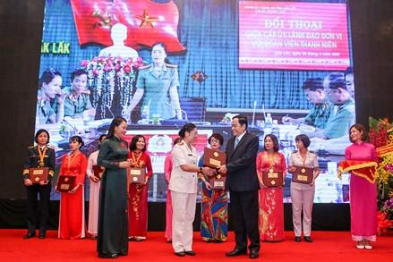 Trao Giải thưởng Phụ nữ Việt Nam năm 2017