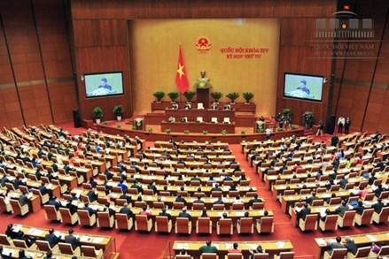 Cử tri theo dõi trực tiếp Quốc hội thảo luận về phòng chống tham nhũng