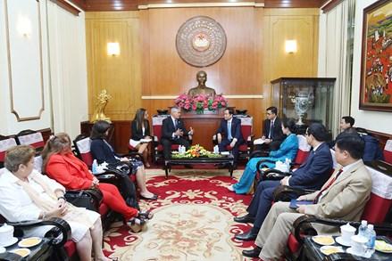 Tăng cường tình đoàn kết, hữu nghị Việt Nam - Cuba