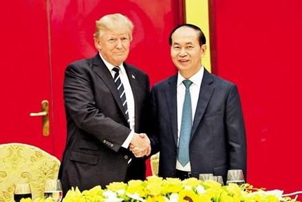 Chủ tịch nước Trần Đại Quang chủ trì Quốc yến chào mừng chuyến thăm của Tổng thống Hoa Kỳ Donald Trump