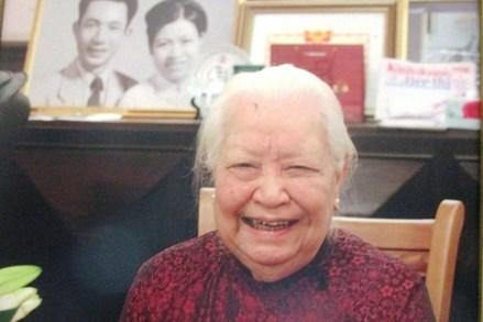 Gia đình cụ Minh Hồ dành tiền phúng viếng ủng hộ đồng bào bị thiên tai, lập quỹ khuyến học
