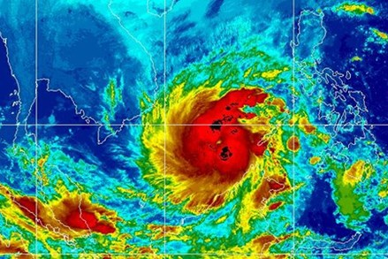 Bão số 16 mạnh hơn bão Linda lịch sử, cảnh báo ở mức thảm họa