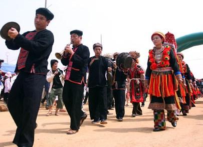 Bảo tồn và phát huy bản sắc văn hóa dân tộc Dao