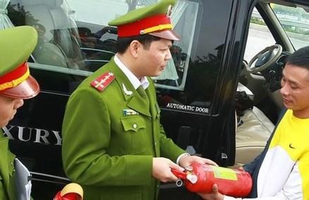 Những quy định hài hước, dở khóc dở cười chỉ có ở Việt Nam