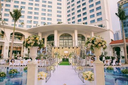 Vi phạm tổ chức đám cưới ở khách sạn 5 sao: Không có chế tài xử lý