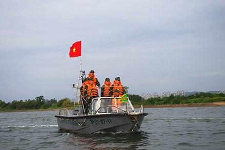Thực hư thông tin cảnh sát biển và nhà báo bị bắt giữ tại Móng Cái