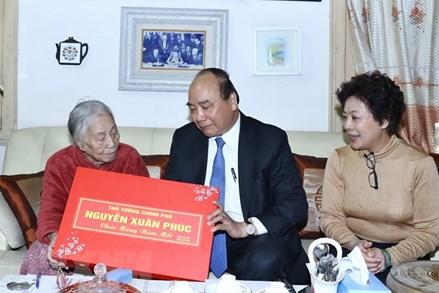 Thủ tướng thăm, chúc Tết nguyên Lãnh đạo Đảng, Nhà nước