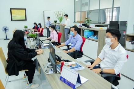 WHO khuyến cáo cách phòng chống Covid-19 tại nơi làm việc