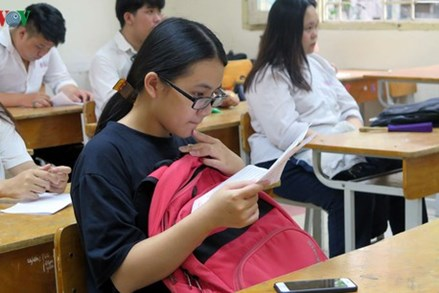 Nghỉ học tránh dịch dài ngày, thời gian năm học thay đổi ra sao?