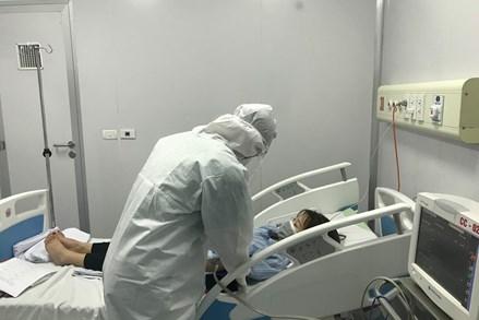 Có 1 bệnh nhân mắc Covid-19 chuyển biến nặng, phải thở máy