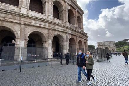 Covid-19: 1 ngày thêm 368 ca tử vong, gần 3.000 ca mắc mới tại Italy