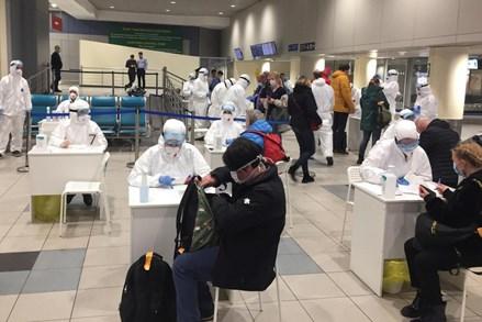 Số người nhiễm virus SARS-CoV-2 ở Nga đã tăng lên hơn 1.000
