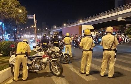 Lập 30 chốt giám sát người và xe vào Thủ đô Hà Nội từ 18h chiều 2/4