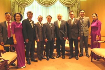 Phó Chủ tịch - Tổng Thư ký Hầu A Lềnh chào xã giao Hội hữu nghị Thái Lan - Việt Nam