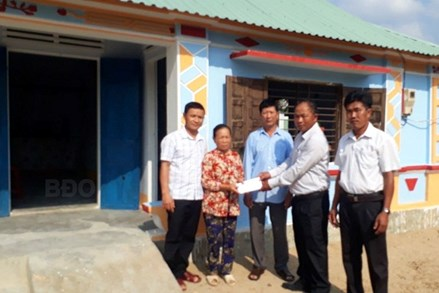 Ủy ban MTTQ Việt Nam xã Tây Giang: Nhiều cách làm sáng tạo ủng hộ quỹ Vì người nghèo