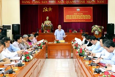 Ủy ban MTTQ tỉnh Vĩnh Phúc: Công bố Quyết định thành lập các tổ tuyên truyền, vận động nhân dân; nắm bắt, phản ánh tình hình nhân dân và dư luận xã hội.