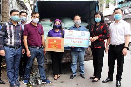 Chủ tịch Ủy ban MTTQ thành phố Hà Nội thăm, động viên các cơ sở đang thực hiện nhiệm vụ chống dịch Covid-19