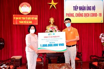 MTTQ TP Đà Nẵng: Tiếp nhận hơn 01 tỷ đồng và 1.200 khẩu trang ủng hộ phòng, chống dịch Covid-19