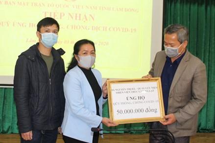 Ủy ban MTTQ tỉnh Lâm Đồng tiếp nhận trên 1,2 tỷ đồng ủng hộ Quỹ phòng chống Covid-19