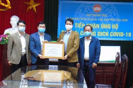 Mặt trận Tổ quốc tỉnh Thái Bình tiếp nhận hơn 500 triệu đồng ủng hộ phòng, chống dịch