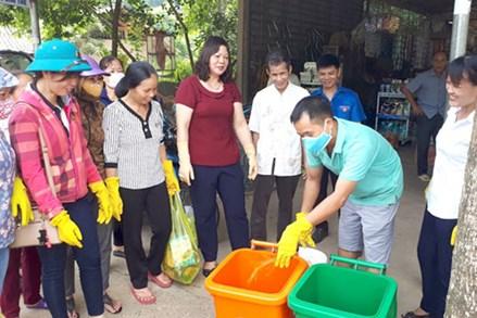 Chiêm Hóa chung tay chống rác thải nhựa