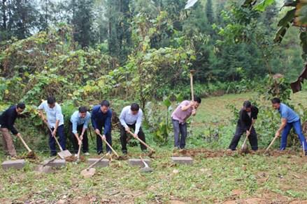 Ủy ban MTTQ tỉnh Hà Giang: Khởi công xây dựng nhà ở cho hộ nghèo tại xã Pả Vi