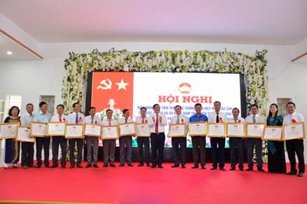 """Ủy Ban MTTQ Việt Nam tỉnh Sóc Trăng: Đưa cuộc vận động """"Toàn dân đoàn kết xây dựng nông thôn mới, đô thị văn minh"""" đi vào thực tiễn cuộc sống"""