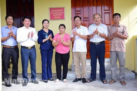"""MTTQ huyện Yên Khánh: Khánh thành 4 nhà """"Đại đoàn kết"""""""