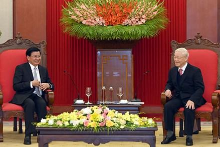 Tổng Bí thư, Chủ tịch nước Nguyễn Phú Trọng tiếp; Chủ tịch QH Nguyễn Thị Kim Ngân hội kiến Thủ tướng Lào