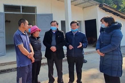 Ủy ban MTTQ tỉnh Quảng Ninh kiểm tra công tác xây nhà cho hộ nghèo