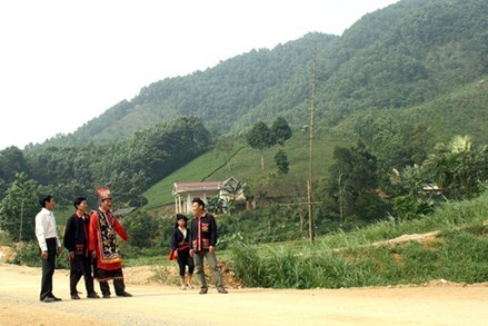 Phú Thọ: Phát huy vai trò già làng, trưởng bản