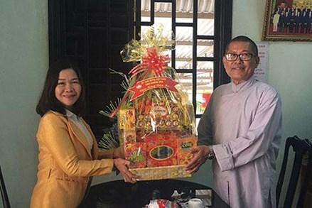 Ủy ban MTTQ tỉnh Khánh Hòa thăm, tặng quà Tết các già làng, người có uy tín và cơ sở tôn giáo thị xã Ninh Hòa