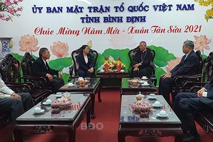 Các tổ chức tôn giáo thăm, chúc Tết lãnh đạo UBND tỉnh và Ủy ban MTTQ Việt Nam tỉnh Bình Định