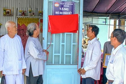 Tôn giáo tỉnh Hậu Giang đóng góp cho an sinh xã hội