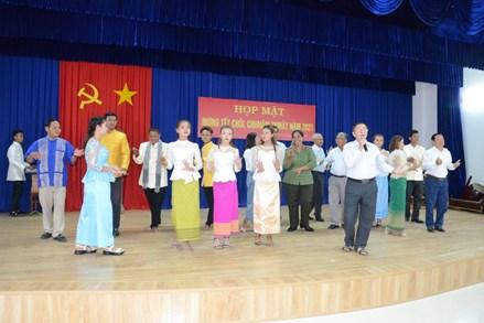 An Giang họp mặt mừng Tết Chol Chnam Thmay của đồng bào dân tộc thiểu số Khmer