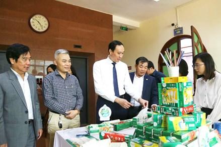 """Mặt trận Tổ quốc Việt Nam các cấp hưởng ứng phong trào """"chống rác thải nhựa"""" gắn với bảo vệ môi trường"""