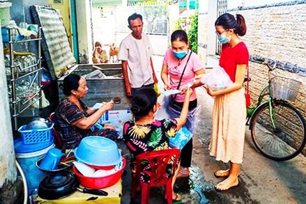 Mặt trận các cấp tỉnh Khánh Hòa đẩy mạnh tuyên truyền phòng dịch và công tác bầu cử