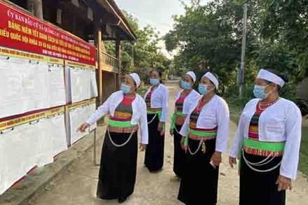 Nho Quan, đẩy mạnh tuyên truyền về bầu cử đến cử tri vùng dân tộc thiểu số