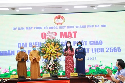 Hà Nội: Gặp mặt chức sắc phật giáo nhân dịp Phật đản