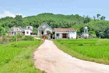 Đồng bào DTTS thi đua xây dựng thôn, bản ngày càng giàu, đẹp