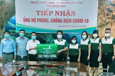 Ủy ban MTTQVN tỉnh Quảng Bình tiếp nhận thêm 610 triệu đồng ủng hộ Quỹ phòng, chống dịch Covid-19