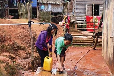 Đảm bảo nước sạch và vệ sinh môi trường vùng đồng bào dân tộc thiểu số