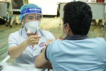 Trên 3.600 bệnh nhân xuất viện, TP Hồ Chí Minh sẽ triển khai tiêm vaccine đợt 5