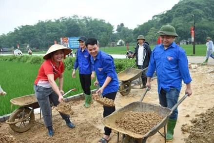 Phong trào hiến đất làm đường ở Yên Bái